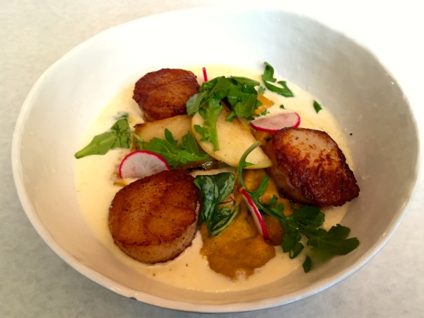 Sea Scallops - Butternut Squash Puree, Charred Apple, Ginger Beurre Blanc ($25)